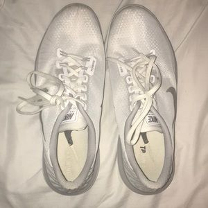 women's nike fly wire running shoes size 10.5